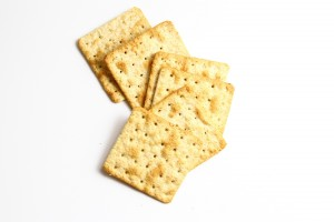 biscuit-crackers-973915_1920
